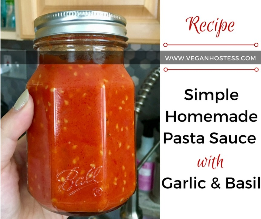 Simple Homemade Marinara Sauce with Garlic & Basil