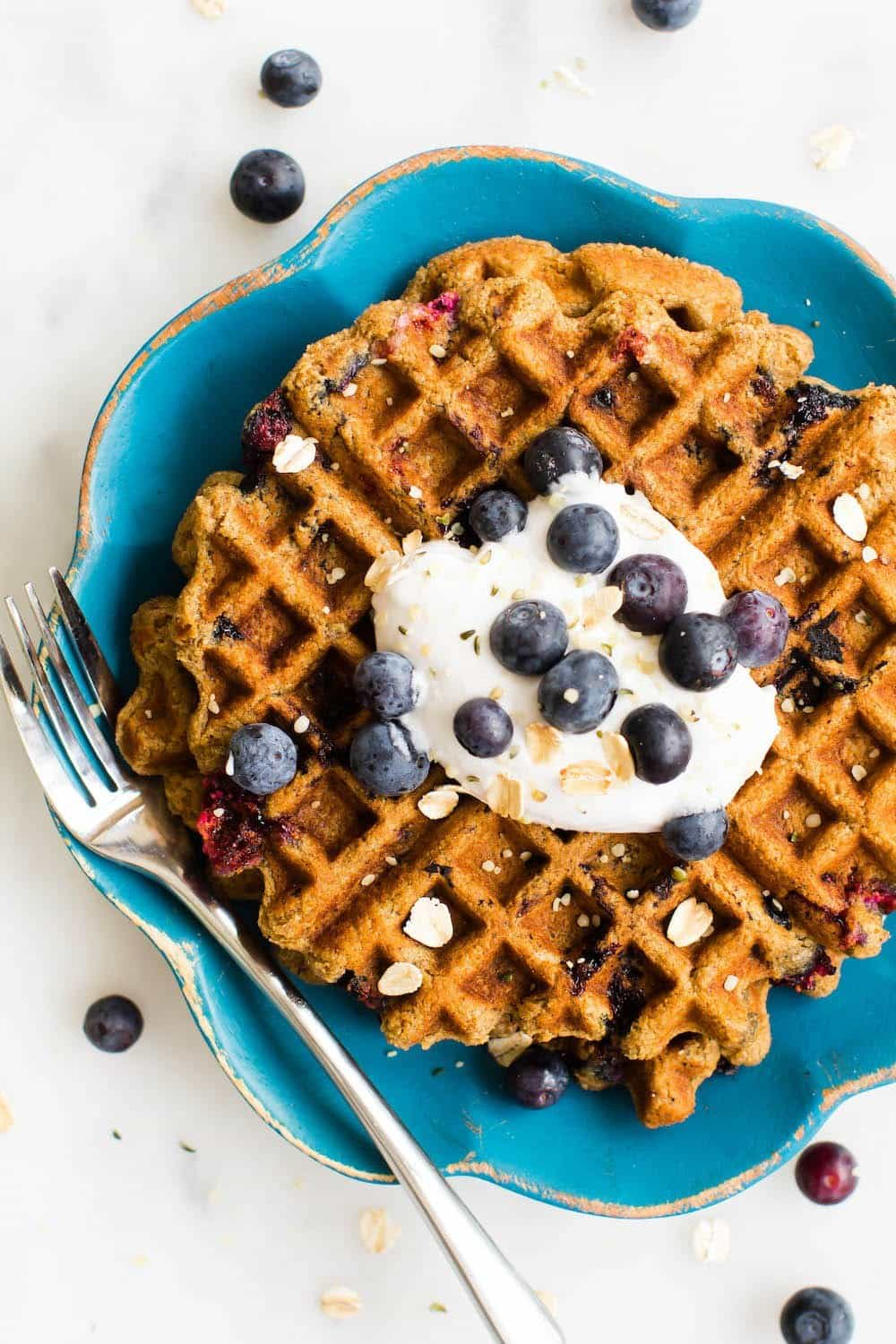 Who says vegans only eat grass & twigs? Here are 30 Vegan Breakfast Recipes that you'll actually want to eat!