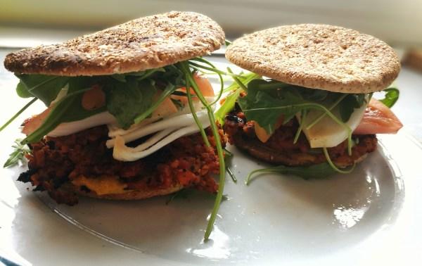 Hamburguesas veganas de soja texturizada
