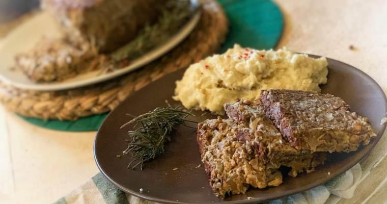 Pastel de «no-carne» vegano de lentejas y salsa de champiñones ¡Sin gluten!