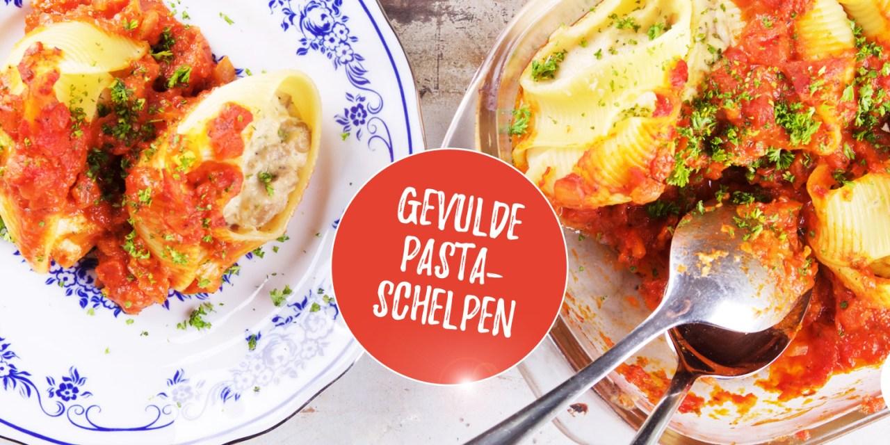 Gevulde pastaschelpen met vegan ricotta, oesterzwam en tomatensaus