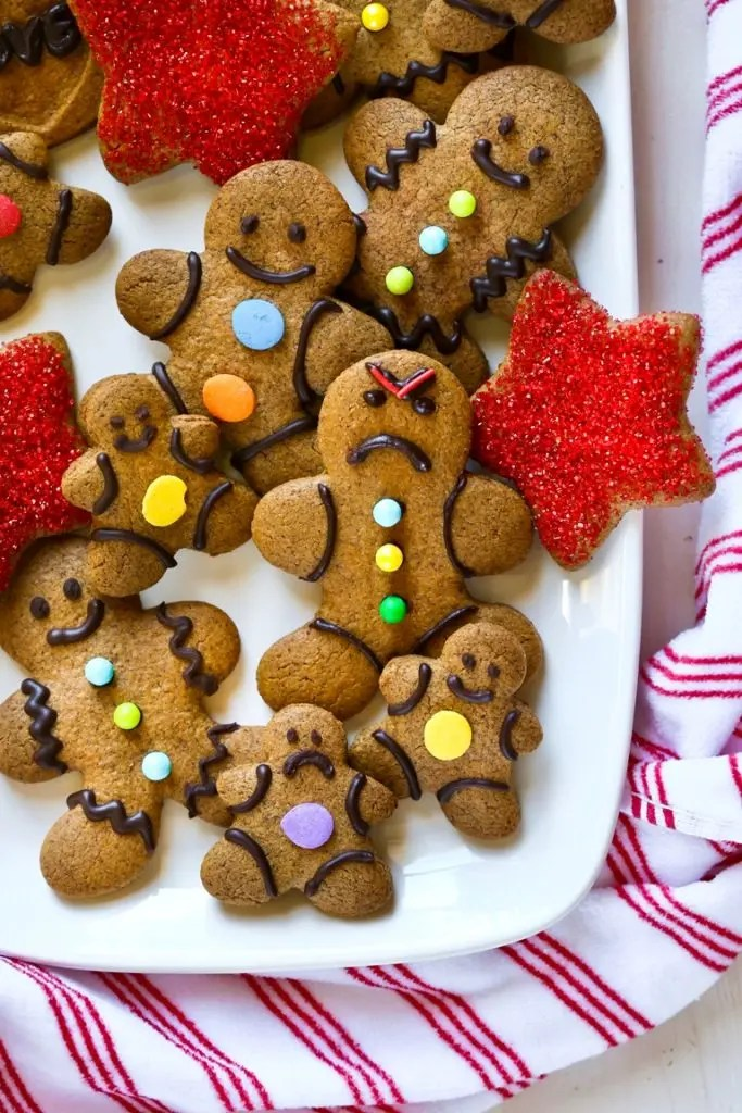 Vegan Christmas Cookies-gingerbread-cut-out-cookies5