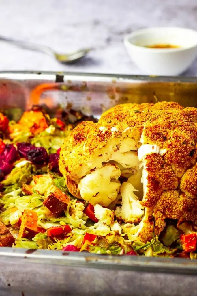 vegan-roasted-whole-cauliflower4