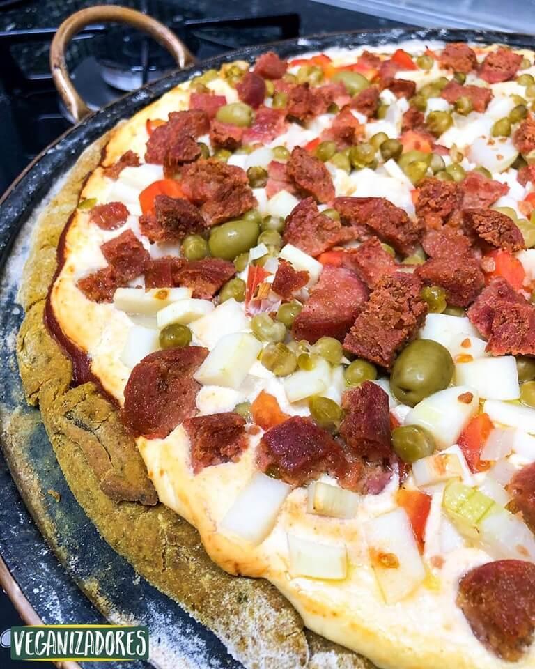 Pizza Vegana de Abóbora - Receita Veganizadores