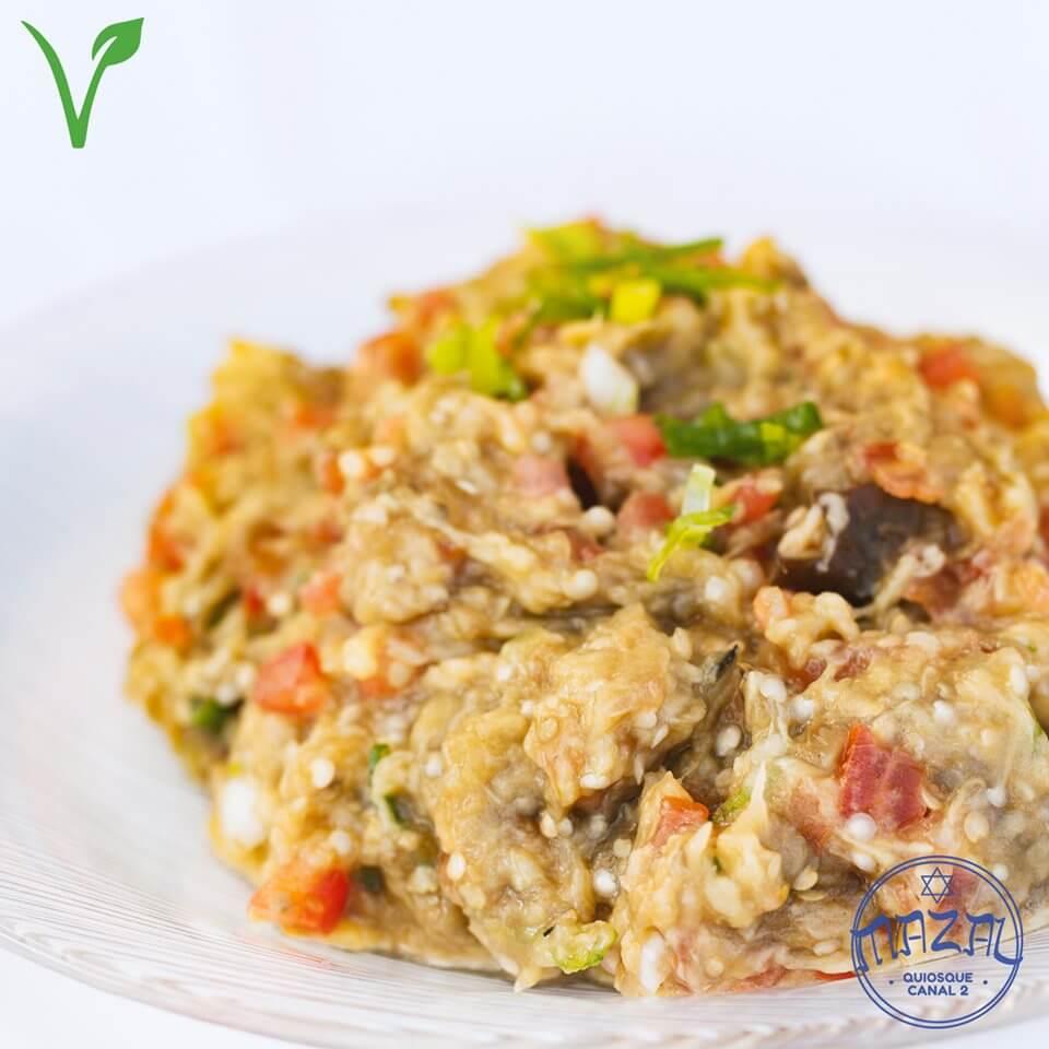 Mazal Quiosque Canal 2 Vegano | Beringela Maccabi | Culinária Israelense