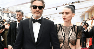 Joaquin Phoenix dedicates his oscars speech to dairy cows and animal rights.
