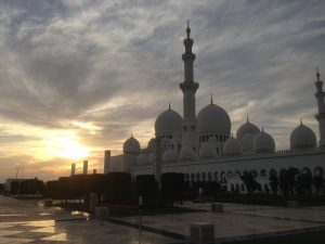 Sheikh Zayed Grand Mosque Abu Dhabi |Vegan Nom Noms
