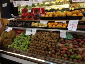Berkeley Bowl Produce Section | vegan Nom Noms