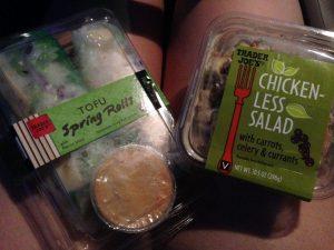 Trader Joes Vegan Chickenless Chicken Salad | Vegan Nom Noms