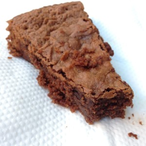 Quintal Bioshop Porto Chocolate Cake - Vegan Nom Noms