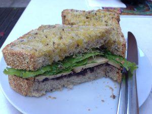 Quintal Bioshop Sandwich Porto - Vegan Nom Noms