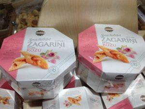 Riga Vegan Rose Cookies - Vegan Nom Noms