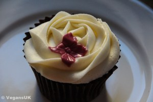 Beautifully decorated Vanilla & Raspberry