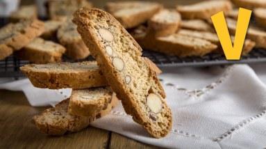 Biscotti (Cantuccini di Prato)