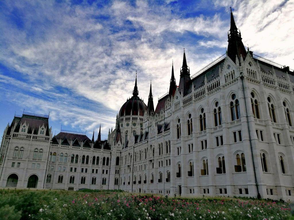Vegan Budapest - Parliament Building