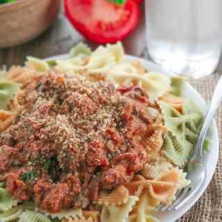 Hearty Tomato Basil Mushroom Pasta