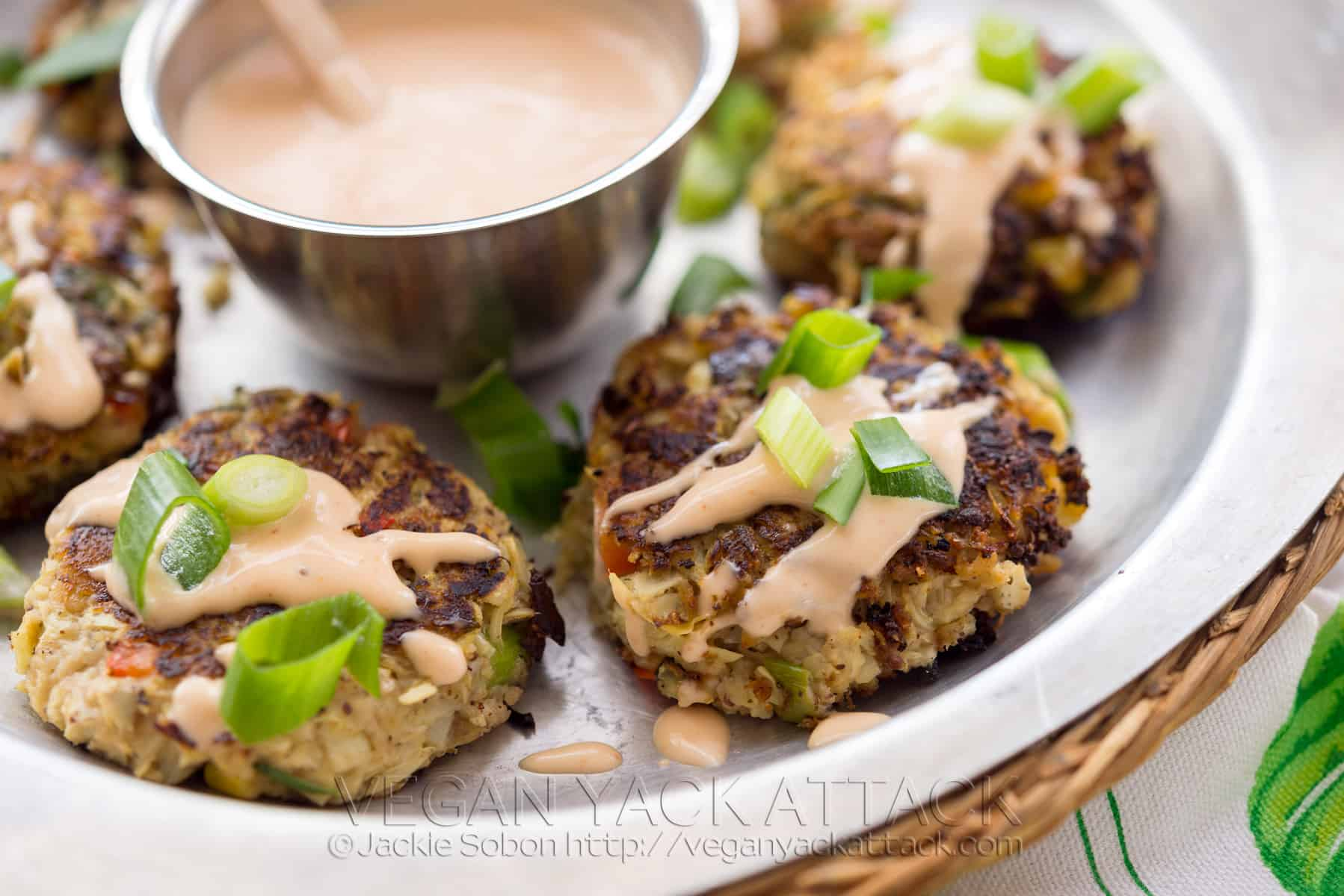 Artichoke Crab Cakes With Sriracha Sauce Keepin It Kind