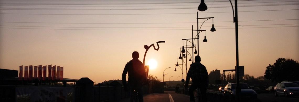 Silhouetten vor Sonne