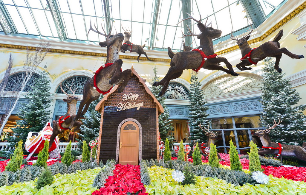 Bellagio Conservatory Botanical Gardens - Holiday Display 2013 - Chocolate House