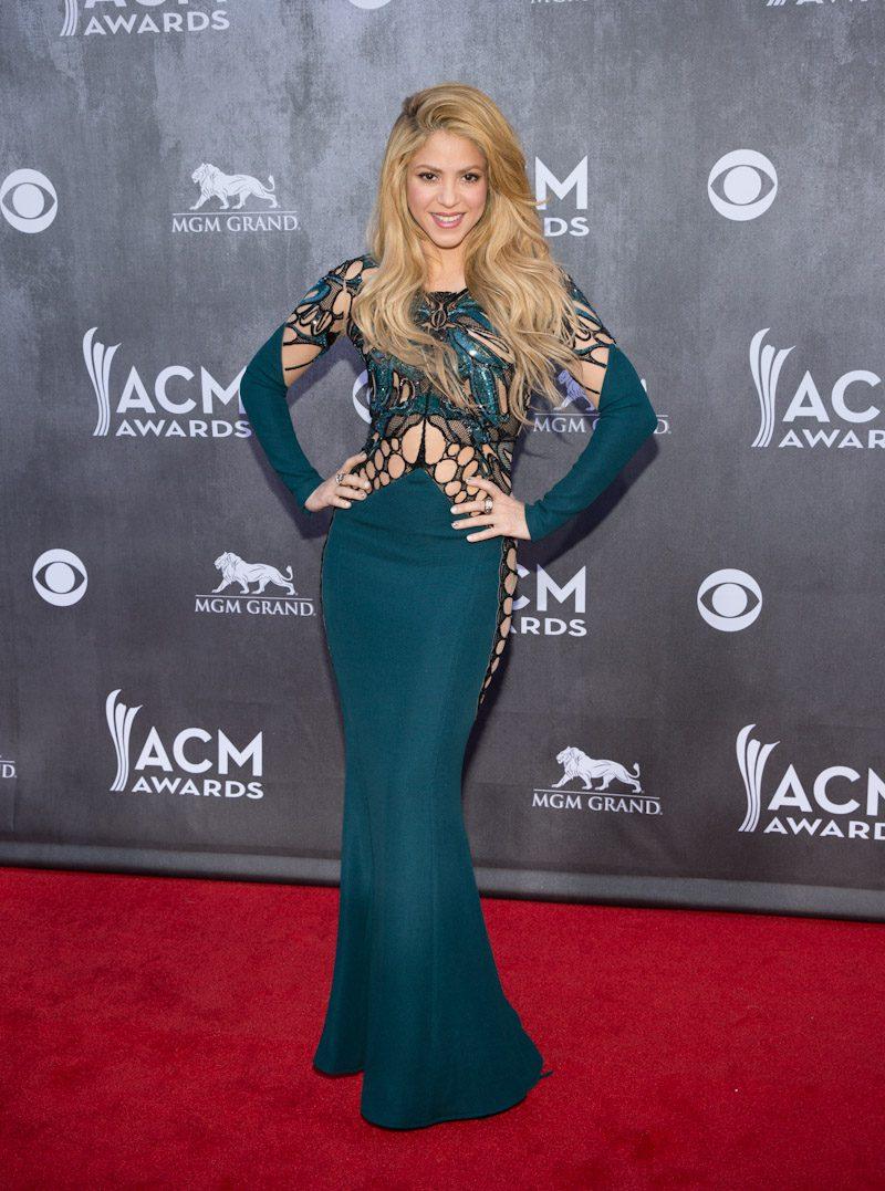 Shakira – 2014 ACM Awards 12 – Travelivery®