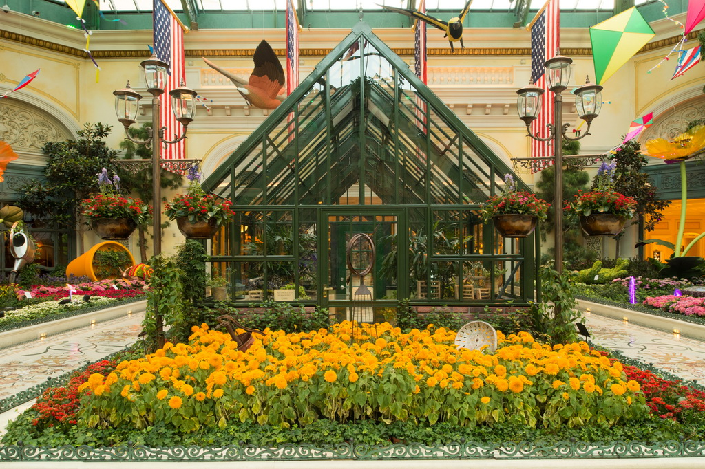 Bellagio Conservatory Botanical Gardens Summer Display Travelivery