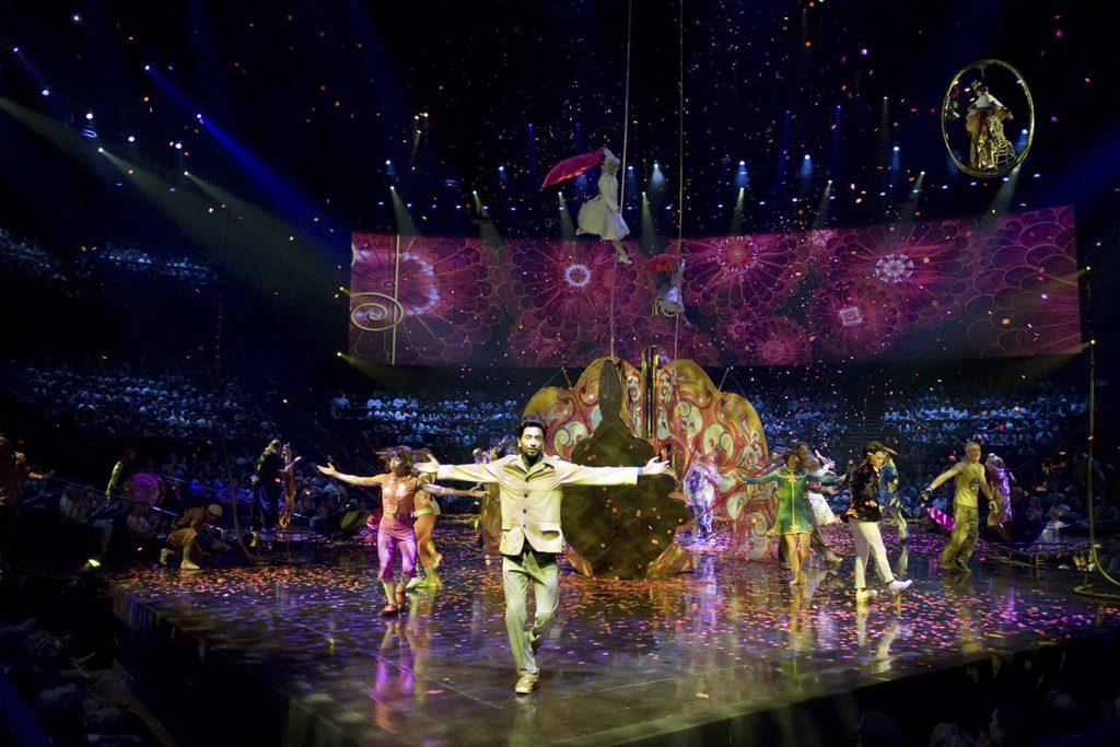 LOVE - Cirque Insider Access