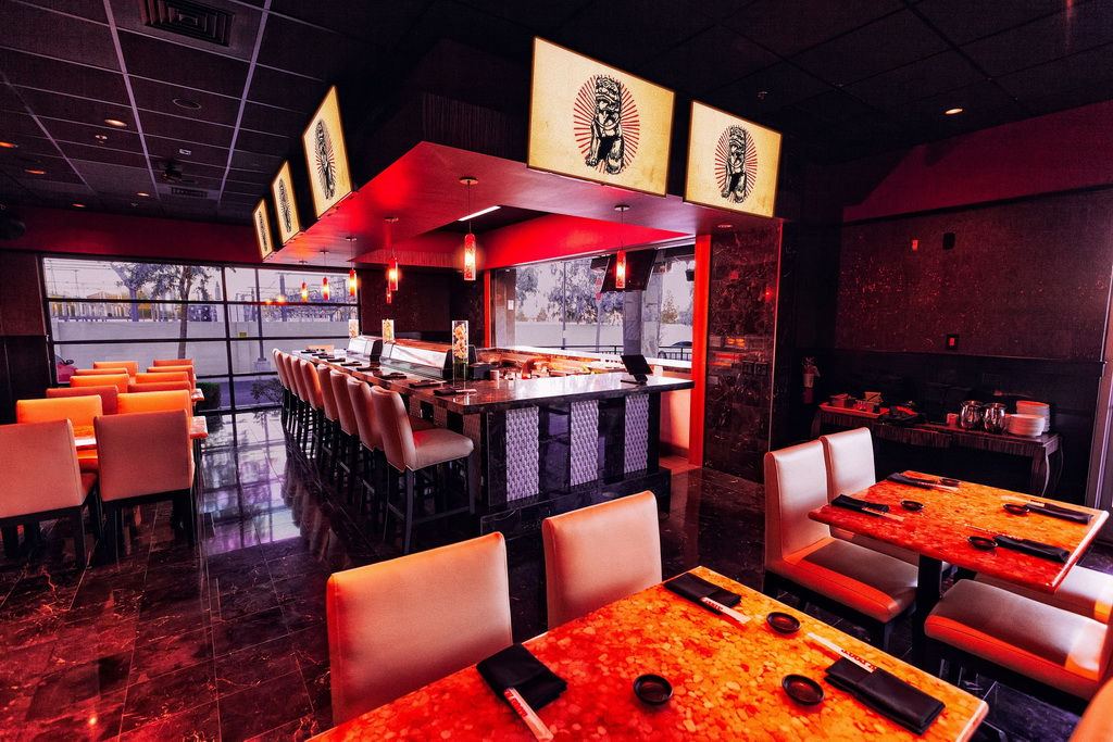 Lucky Foos Interior Sushi Bar