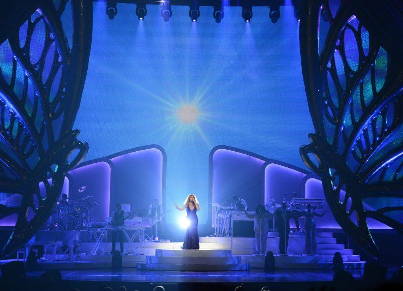 "Mariah Carey Debuts New Show ""MARIAH #1 TO INFINITY"""