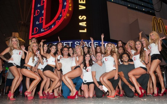 Aussie Hunks Male Revue Pose With Miss D Legs Contestants (Tom Donoghue)