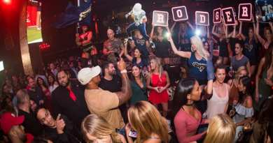 Rodger Saffold at Tao Nightclub 5-4-17
