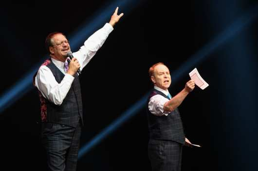 Penn & Teller Perform at Vegas Strong Benefit Concert