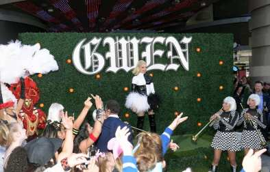 Gwen Stefani Arrival - Photo Credit- Bryan Steffy