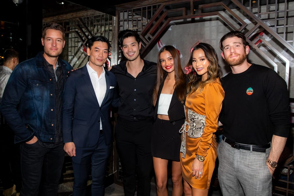 Justin Hartley, Mott 32 co-founder Xuan Mu, Ross Butler, Kelsey Merritt, Jamie Chung, Bryan Greenberg at the Mott 32 grand opening at The Venetian, 12.28.18_Credit Erik Kabik