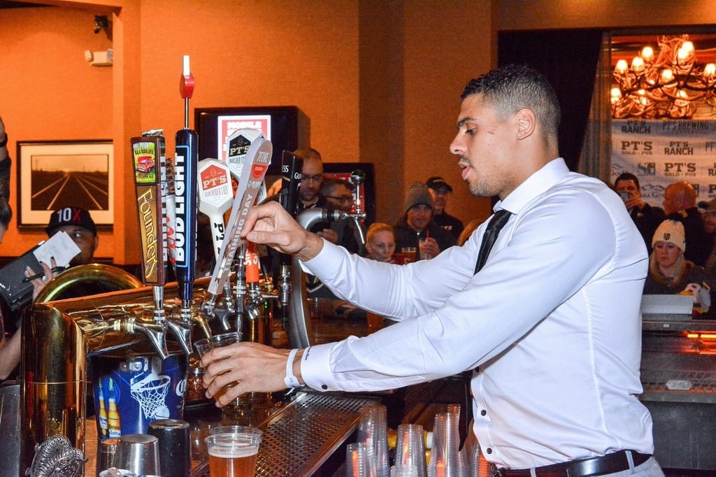 Ryan Reaves Hosts Tap Party at Sierra Gold