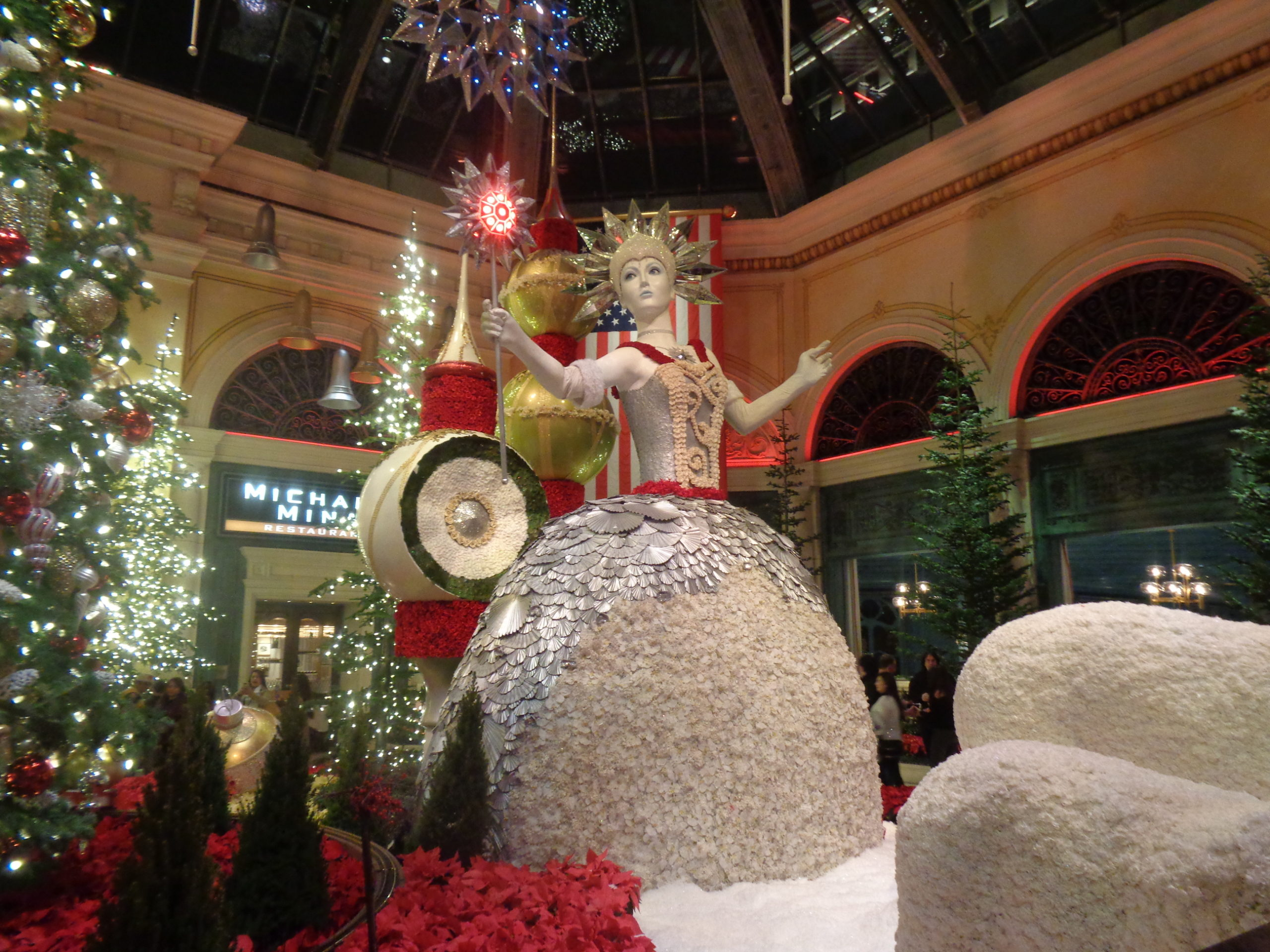 Bellagio At Christmas Time 2020 Bellagio Conservatory Captures the Spirit of the 2019 Holiday