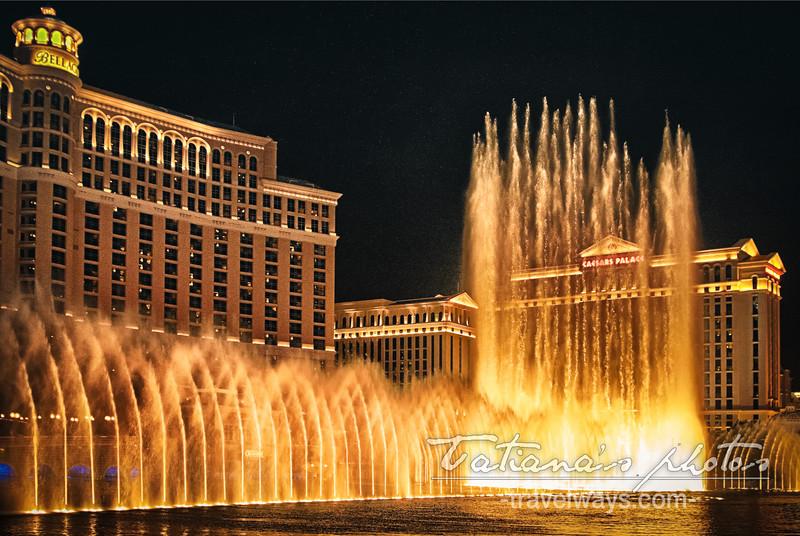 Dancing fountains on Las Vegas Strip