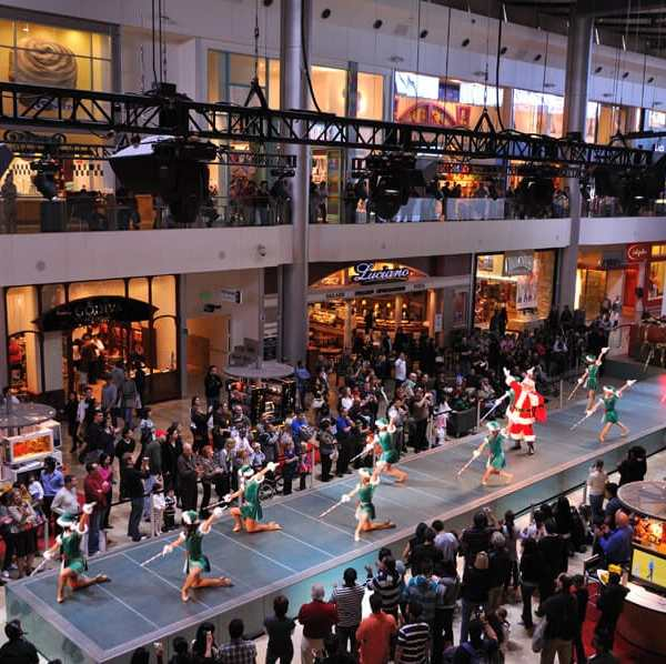 Fashion Shows at Fashion Show Mall - Best Free Shows in Las Vegas