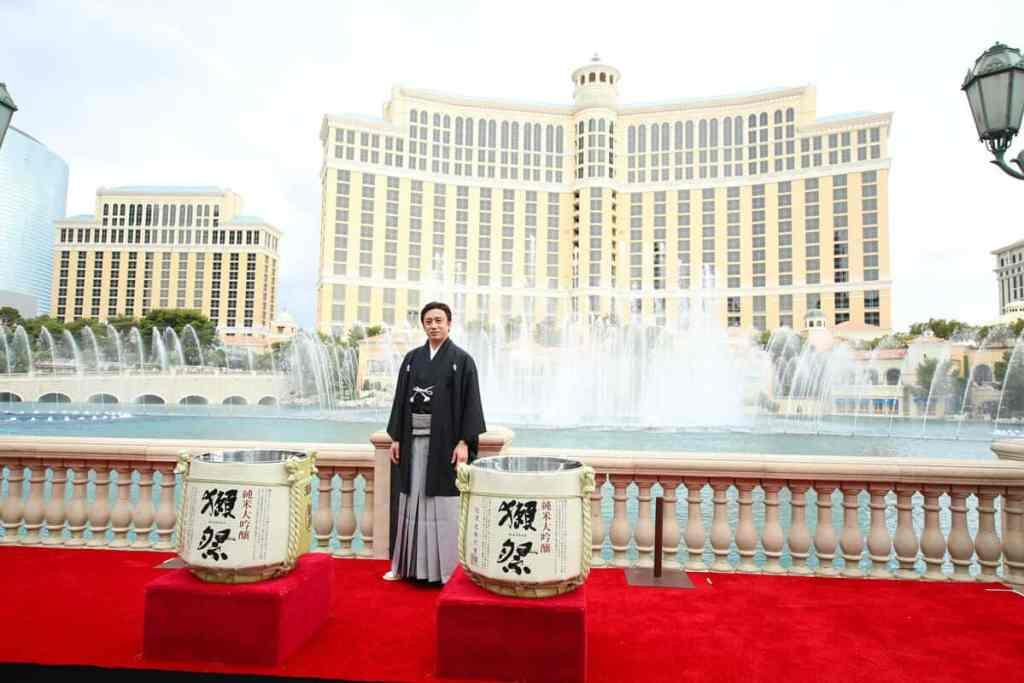 Fountains of Bellagio - Things to do on Vegas Strip