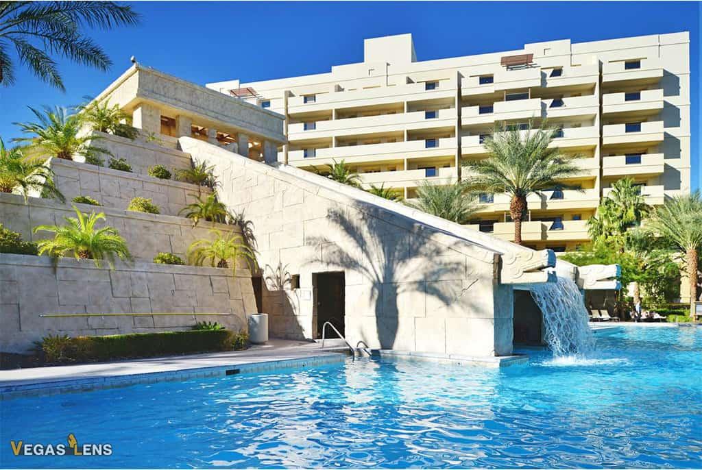Cancun Resort - Best Vegas hotels for kids