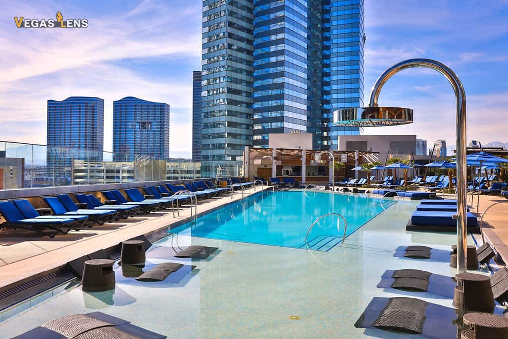 Cosmopolitan Pool - Family friendly pools in Las Vegas