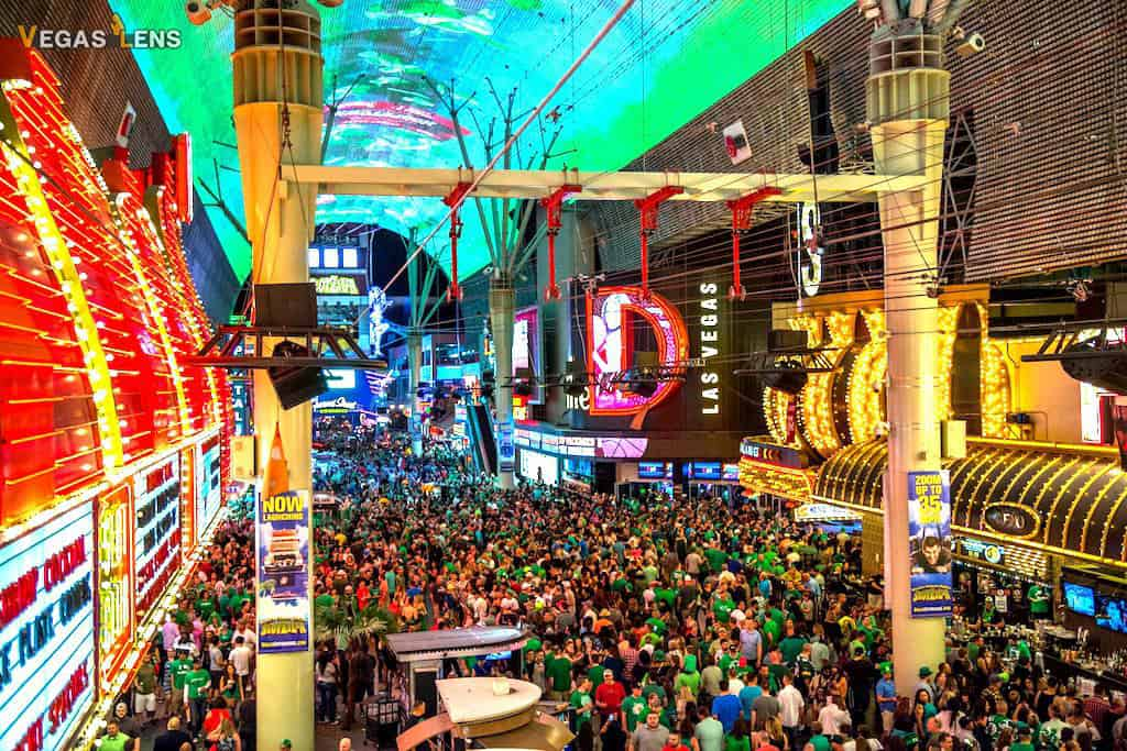 Freemont Street Experience - Free things to do in Las Vegas with kids