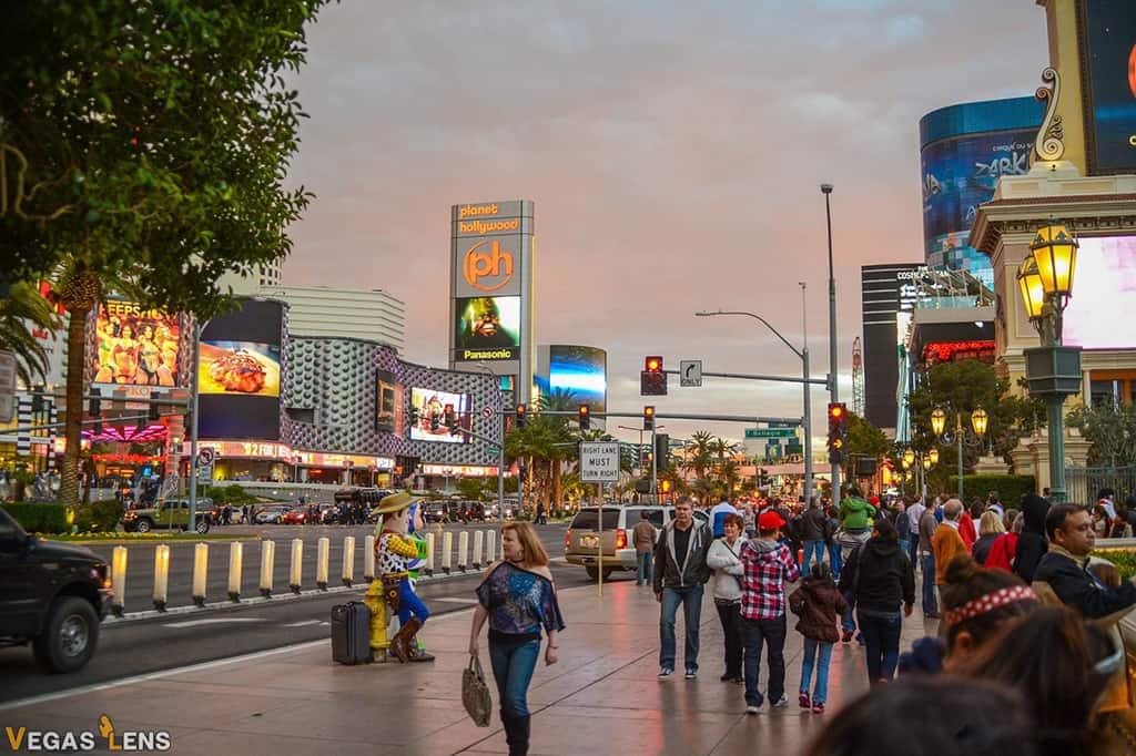 Walk the Las Vegas Strip - Las Vegas bachelorette party ideas