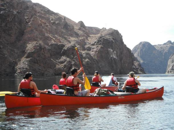 Canoeing on Lake Mead park freebie entrance days