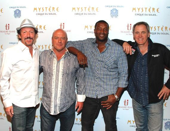 Dean Norris (2nd from left), Roger Cross (2nd from right), Mark Moses (far right) and a friend
