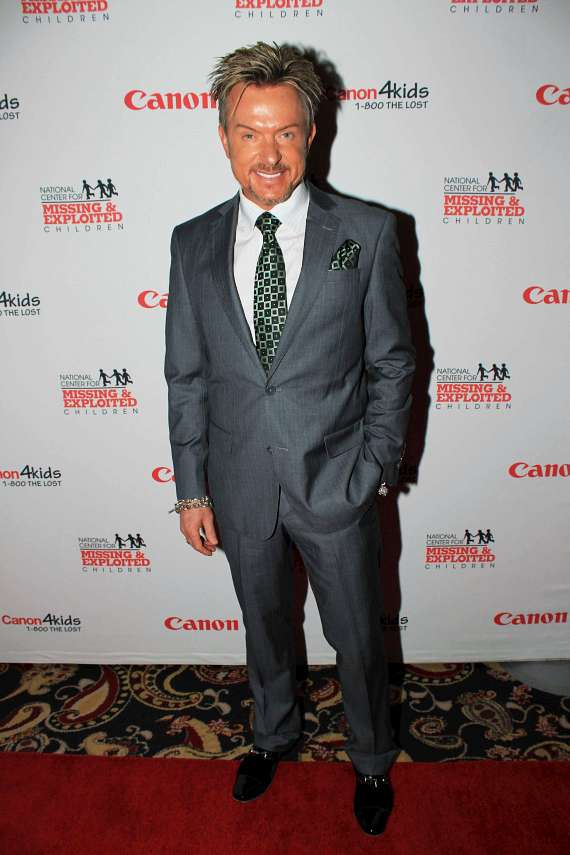 Las Vegas Celebrities Help Canon Raise Money to Promote Child Safety with 17th Annual Canon Customer Appreciation Reception