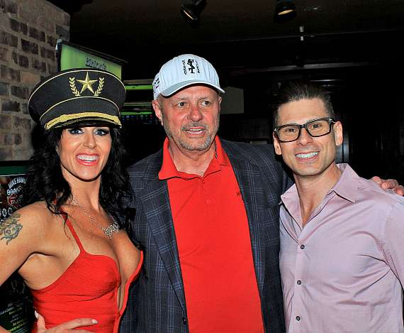 """Celebrities and Guests Make """"Mike Hammer Celebrity Poker Tournament"""" a Huge Success"""