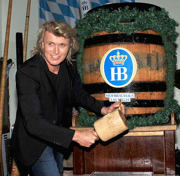 Hofbräuhaus Las Vegas Continues the Oktoberfest Season with Celebrity Keg Tapper and