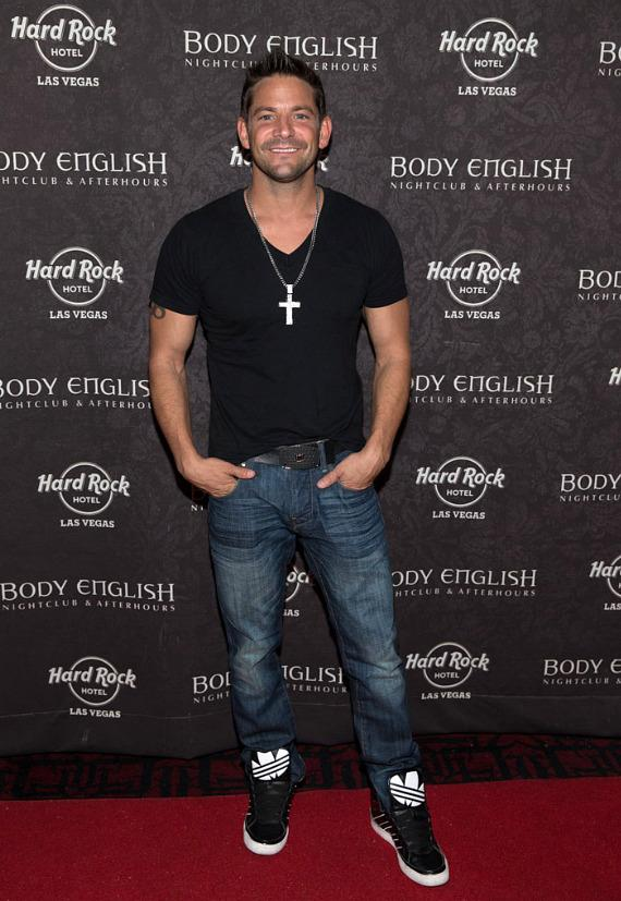 PEEPSHOW Stars Coco, Cheaza and Josh Strickland Party at Body English in Las Vegas