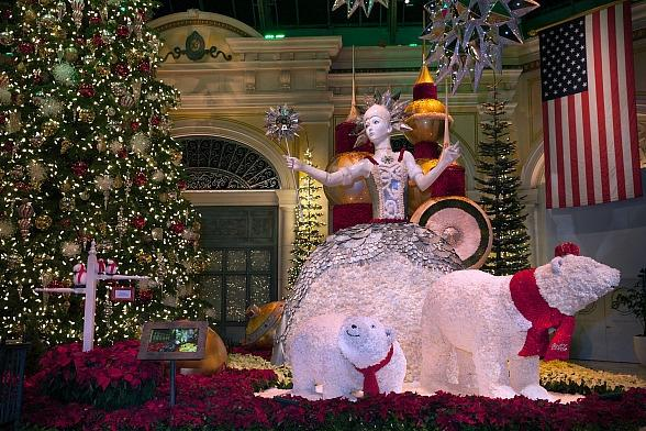 Bellagio's Conservatory & Botanical Gardens Captures the Spirit of the Holiday Season With Majestic New Display