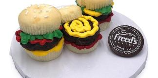 Freed's Bakery to Offer Bitter-SWEET End to Summer with Cupcake Decorating Classes